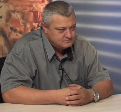 Кметът Тодор Алексиев е доволен от напредъка на ремонтите.