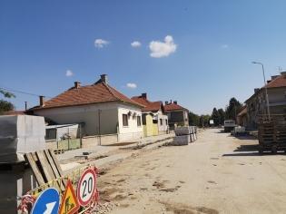 """Нова настилка, тротоари и дървета чака улица """"Николай Хрелков""""."""