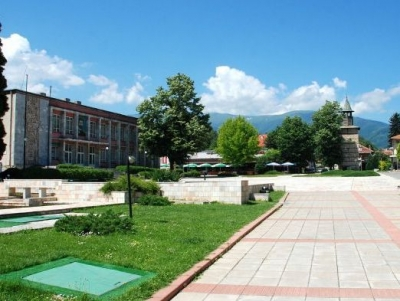 Неделно хоро в Берковица
