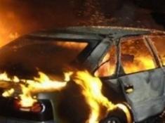 Кола горя във Враца