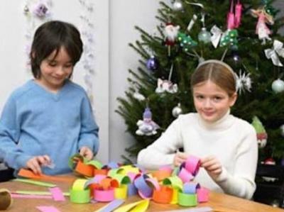 Коледна работилница за деца отваря Регионалната библитека