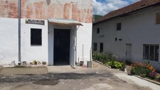 Пенсионерския клуб в Зверино с обновен двор.