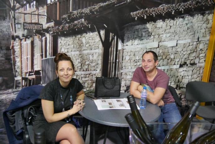 Катя Петрова и Яне Нековски обясняваха концепцията на избата и дунавския тероар